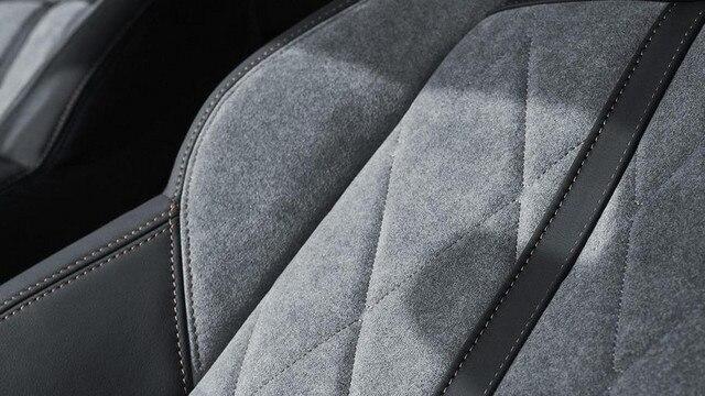 PEUGEOT-Plug-In-Hybrid-SUV-3008-GT-Innendesign-Sitze