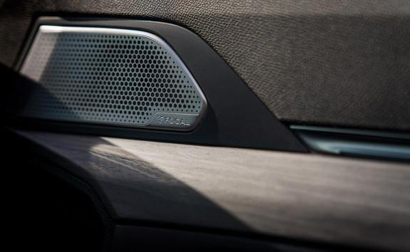 Neuer PEUGEOT 508 PSE HYBRID4 – Focal® Hi-Fi-Soundsystem