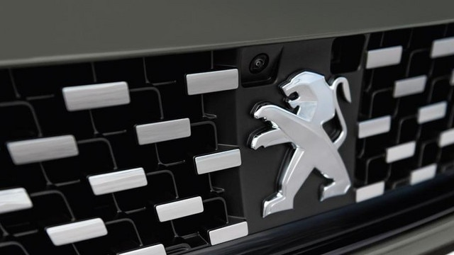 Neuer-Kombi-PEUGEOT-508-SW-First-Edition-Kuehlergrill
