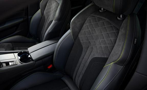Neuer PEUGEOT 508 PSE HYBRID4 – Komfortable Sitze