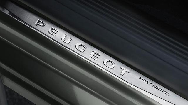 Neuer-Kombi-PEUGEOT-508-SW-First-Edition-exklusive-Einstiegsleiste