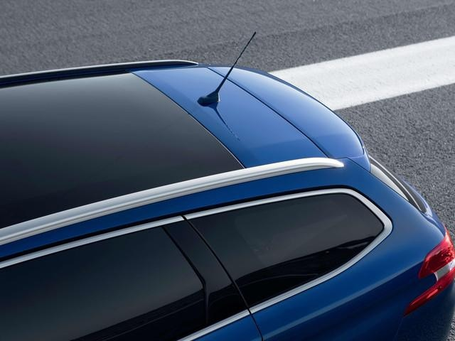 /image/83/7/peugeot-308-sw-gt-panorama-glasdach.303837.jpg