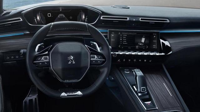 PEUGEOT 508 Limousine, PEUGEOT i-Cockpit® mit Kombiinstrument und kompaktem Lenkrad